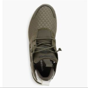 9eb322c4bcb Reebok Shoes - Reebok Women 3D Ultralite Sneaker size 6.5